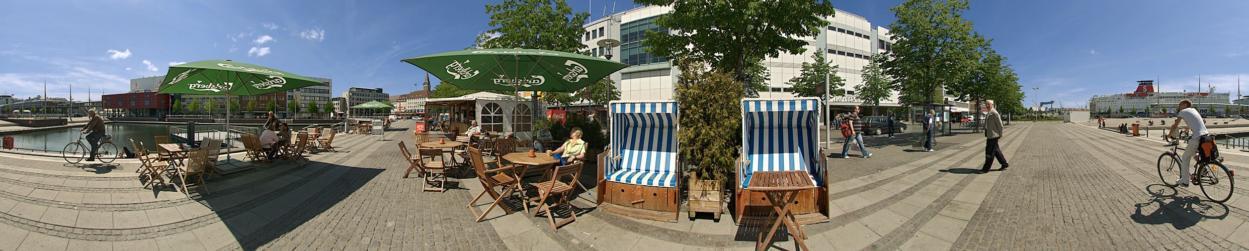 Foto Kiel Asmus Bremer Platz at The Asmus-bremer-platz 280m